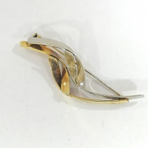 sh65594l-14ct-asymetric-brooch