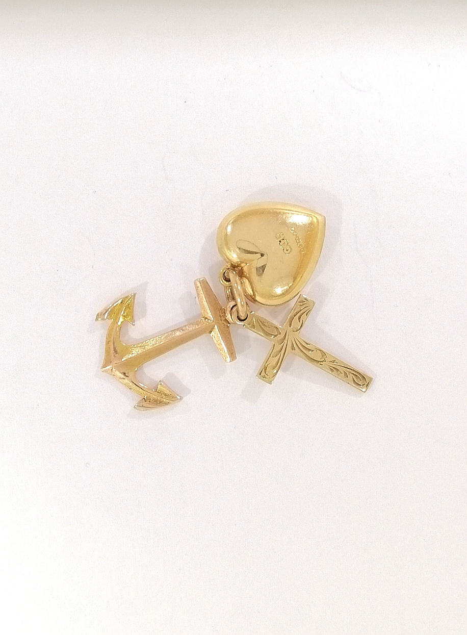 Vintage 9ct Gold Faith, Hope and Charity